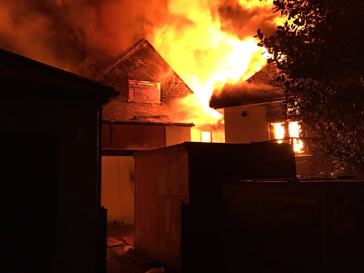 Fire Sweeps Through Falmouth S Derelict Four Winds Inn